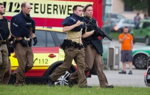 Shooting rampage in Munich: Multiple deaths & attacks reported, gunmen at large, First video of Munich Shooting, Facebook Safety Check Acticated