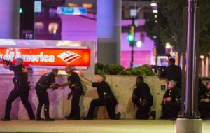 3 officers killed, 7 injured when snipers fire shots : Dallas Shooting
