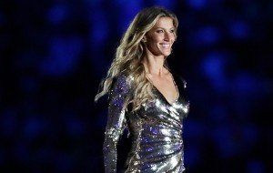 Gisele Bündchen dazzles at the Olympics Opening Ceremony in Rio