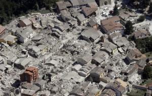 Italy earthquake kills 73, injures hundreds: 'Like Dante's Inferno'